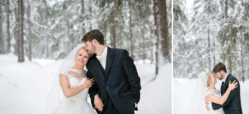 Hochzeitsportraits im Schnee in Thüringen