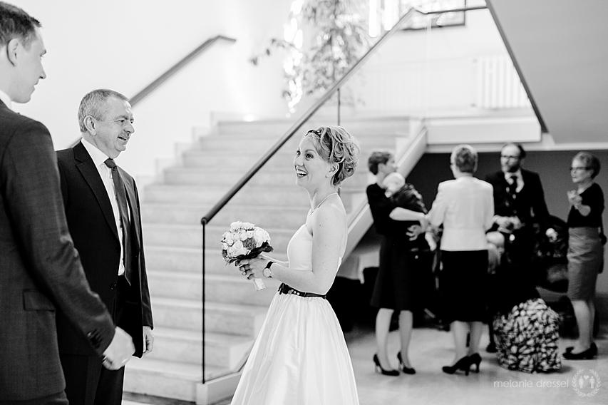 Braut nach der Trauung im Hochzeitshaus Erfurt