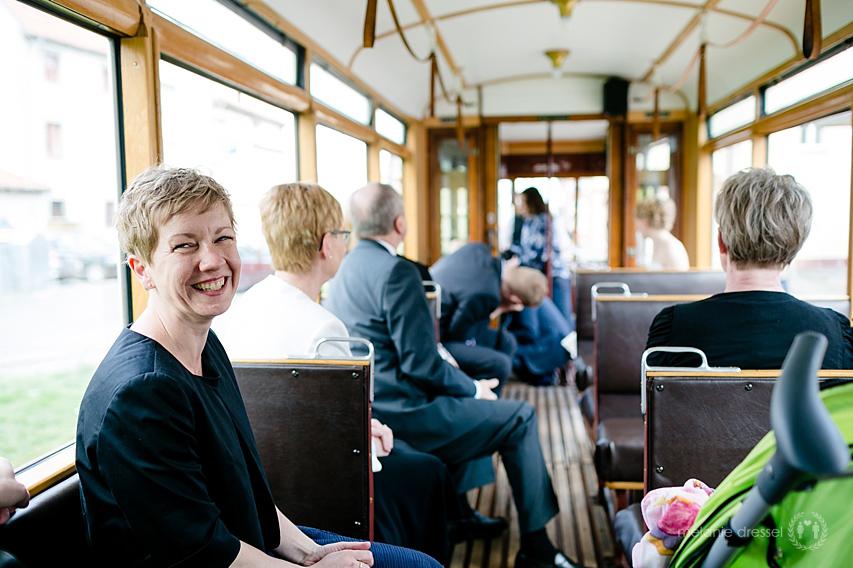 Gäste während Stadtrundfahrt in Erfurt