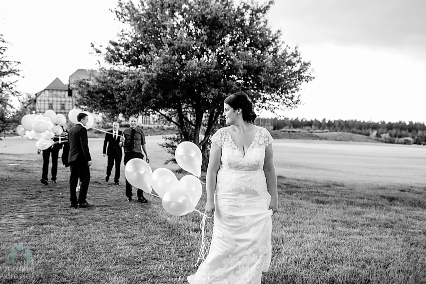 Braut auf Feld