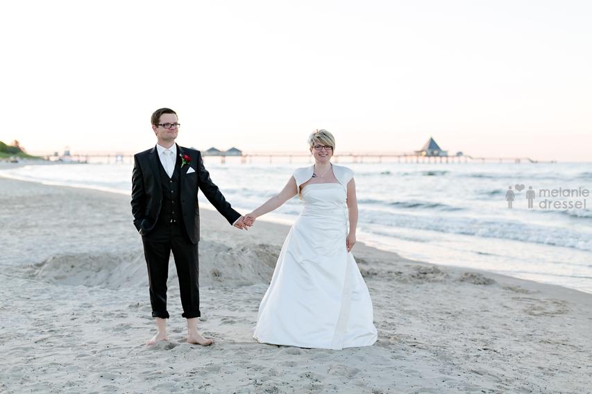 Hochzeitspaar am Strand