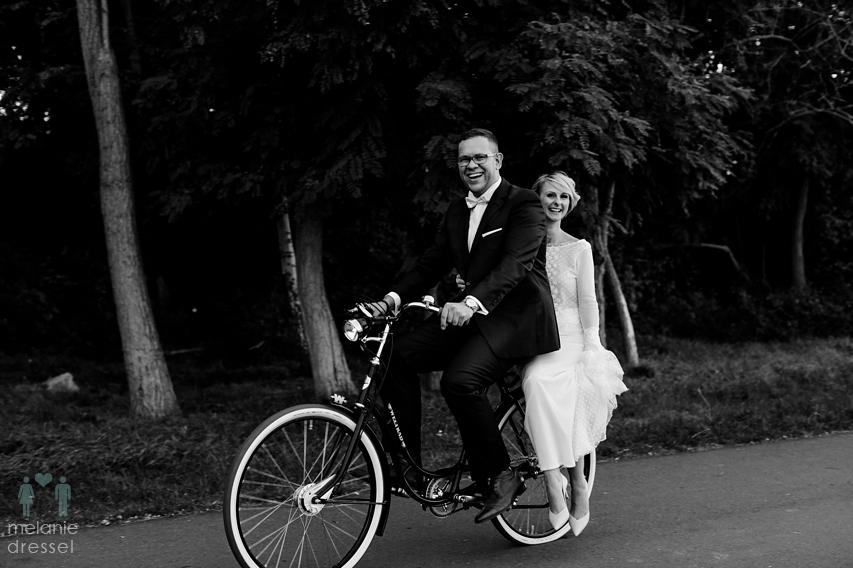 Hochzeitsportraits Fahrrad