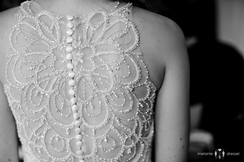 Rückenansicht des Brautkleides bei Hochzeit in Gera