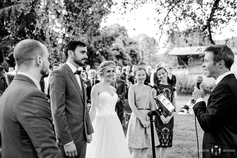 Trauung Redner Oberbayern Vitali Sokolov, fotografiert von Hochzeitsfotograf Melanie Dressel