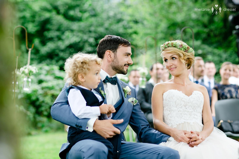 Freie Trauung Deggendorf, fotografiert von Hochzeitsfotograf Melanie Dressel