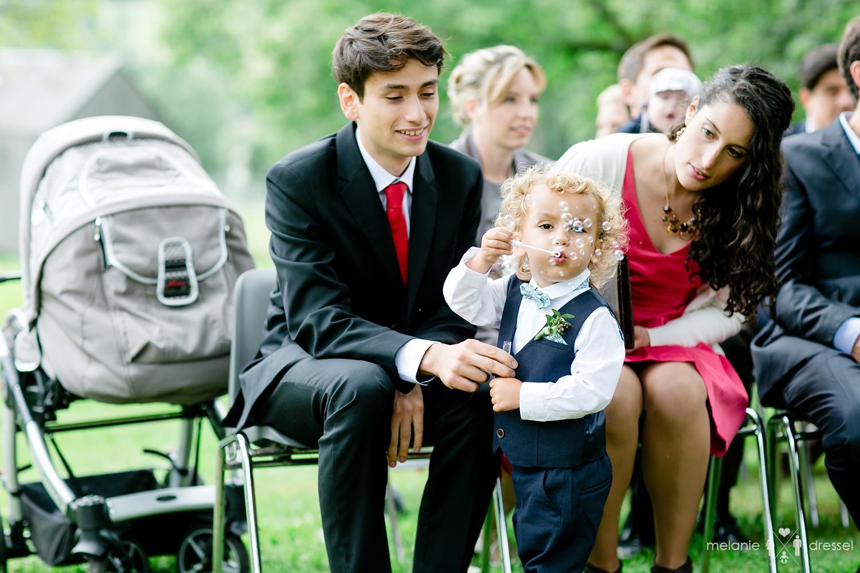 Gäste bei Freier Trauung in Süddeutschland, , fotografiert von Hochzeitsfotograf Melanie Dressel