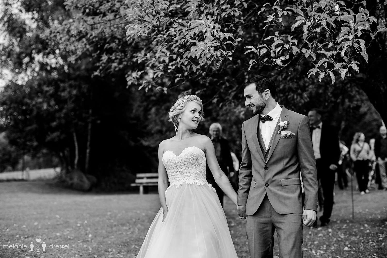 Freie Trauung im bayrischen Wald, , fotografiert von Hochzeitsfotograf Melanie Dressel